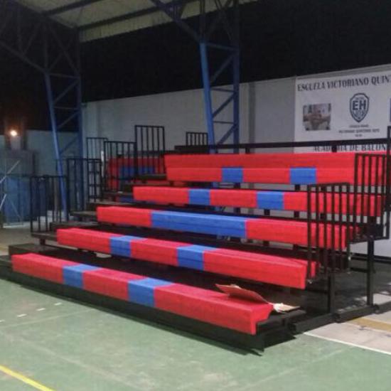 Graderías Retráctiles Escuela Municipal de Taltal